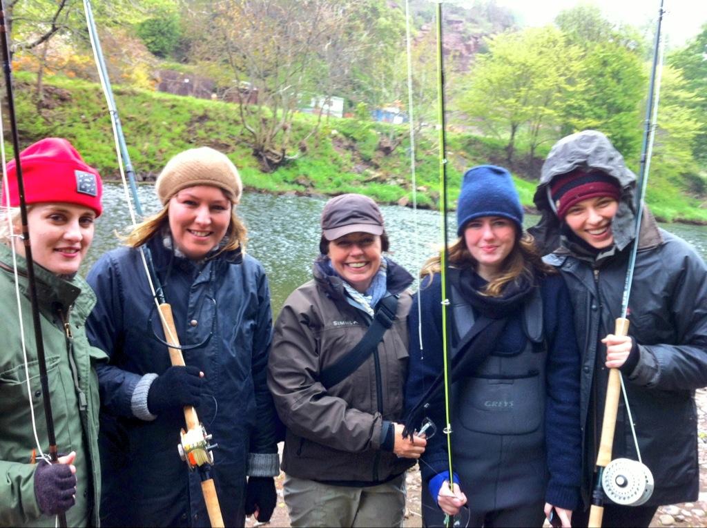 Get Fishing | Women Fishing